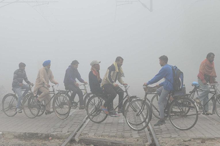 Сильный смог в индийском Амритсаре