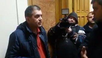Вручение повестки соратнику Саакашвили