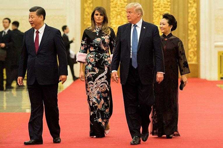 Президент Китая Си Цзиньпин, Мелания Трамп, Дональд Трамп, Си Пэн Лиюань