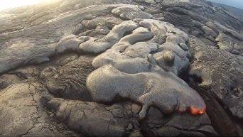 Гаваец случайно снял уникальное видео вулкана