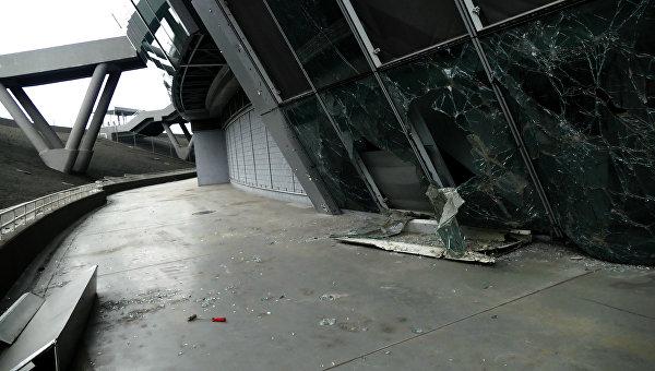 Разрушения на стадионе Донбасс Арена
