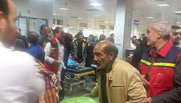 Количество погибших во время землетрясения в Иране достигло 100 человек