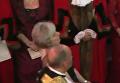 Премьер Британии испугалась церемониальной булавы