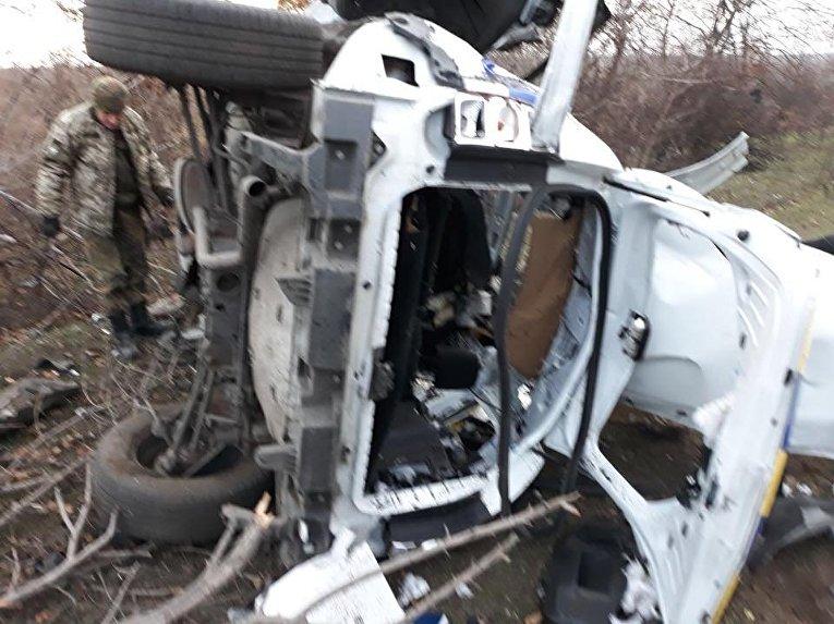 В Донбассе подорвалось авто с полицейскими