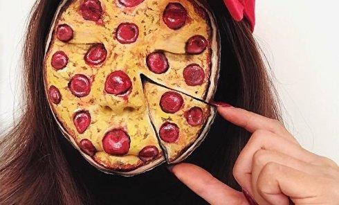 Канадская визажистка рисует на женских лицах бургеры, роллы и пиццу