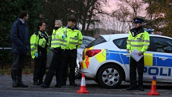 При столкновении самолета ивертолета внебе над Англией погибли три человека