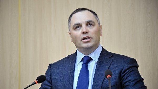 Ссегодняшнего дня генпрокуратура лишилась права расследовать нарушения высокопоставленных чиновников