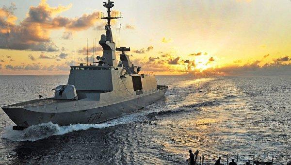 Эсминец ВМС США скрылатыми ракетами вошел вЧерное море