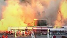 В США мощным взрывом снесли футбольный стадион. Видео