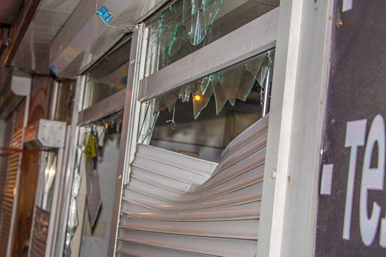 Нацкорпус разгромил лотерейные киоски и игровые автоматы на Нивках