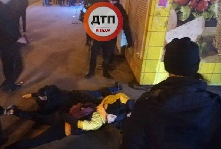 Задержание активистов Национального корпуса после погрома на Нивках