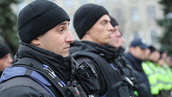 Служащие киевской полиции