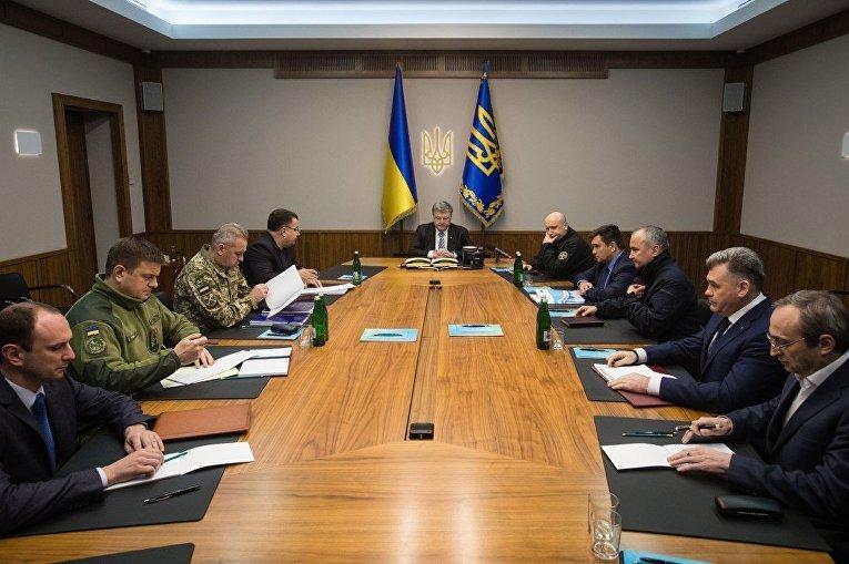 Порошенко провел экстренное заседание СНБО