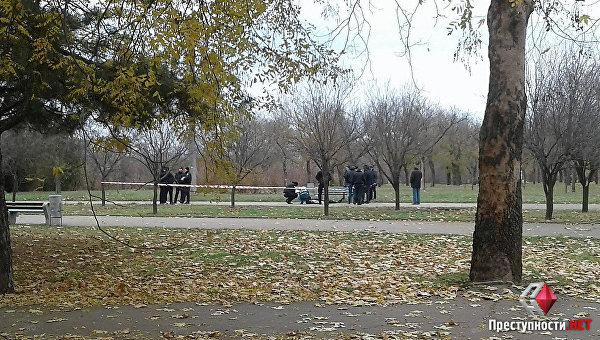 Правоохранители обнаружили труп мужчины с пулевым ранением в парке Николаева