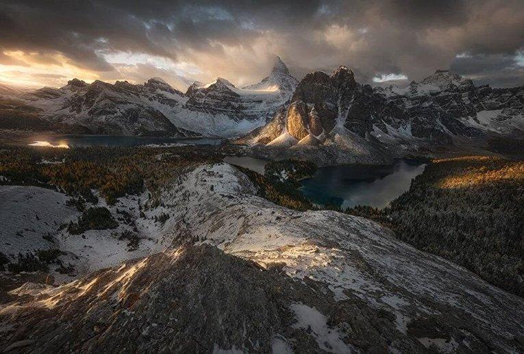 Снимок Средиземье итальянского фотографа Энрико Фоссати был сделан в природном заповеднике у горы Ассинибойн в Канаде