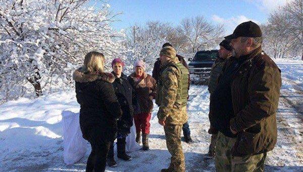 СЦКК: Боевики обостряют гуманитарную ситуацию врайонах Марьинки иКрасногоровки