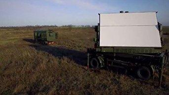 Порошенко показал разрабатываемый в Украине сверхточный 3D-радар