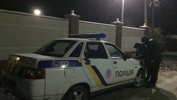 Полиция ведет расследование ночного взрыва в Мукачево