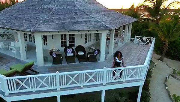 Серена Уильямс проводит медовый месяц