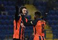 Игроки Шахтера празднуют победу в матче Кубка Украины над ФК Верес
