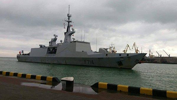 Впорт Одессы свизитом прибыл французский фрегат