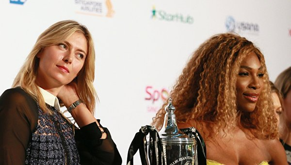 Российская теннисистка Мария Шарапова (слева) и американская теннисистка Серена Уильямс. Архивное фото