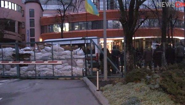 Мураев сказал , кто заблокировал вмногоэтажном здании  его канала  200 человек— Блокировка NewsOne