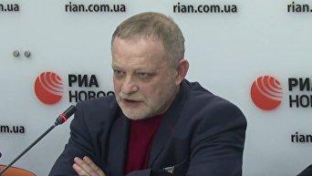Аваков крепко подставил Порошенко, но его отставки не будет — Золотарев. Видео