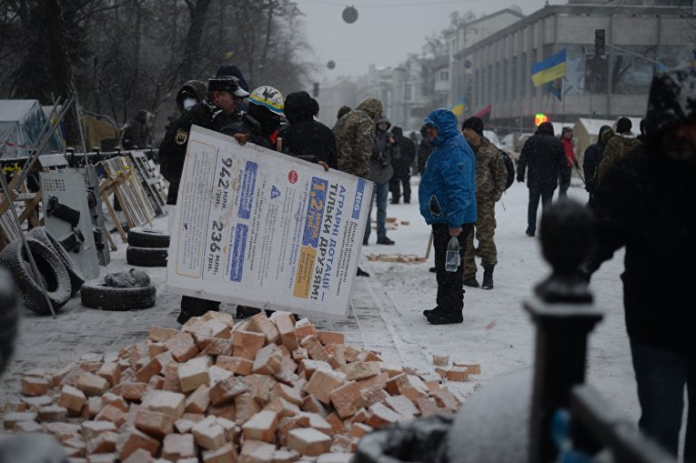 Ситуация возле Верховной Рады после утренних столкновений, 6 декабря 2017