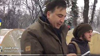 Потеряйся!. Саакашвили грубо ответил иностранному журналисту
