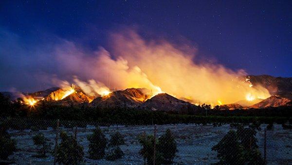 ВКалифорнии пожары могут охватить дома голливудских звезд