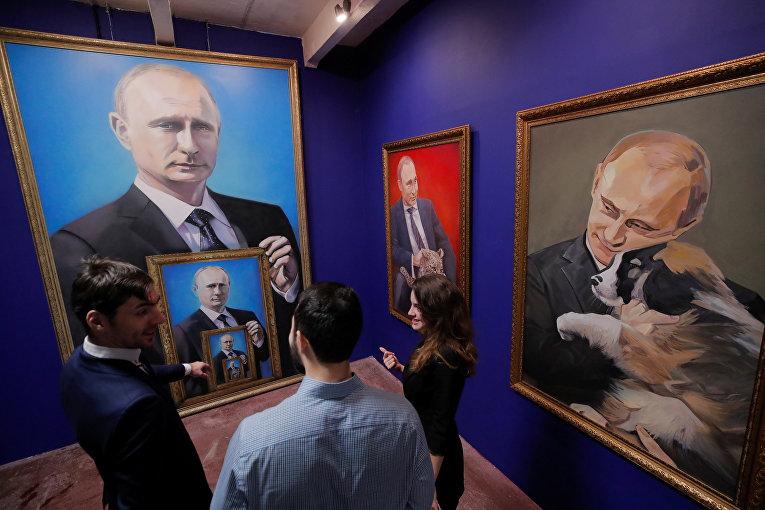 В российской столице  открылась выставка, приуроченная к  Путину— SUPERPUTIN