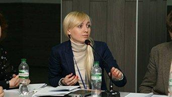 Член правления Центра противодействия коррупции Александра Устинова