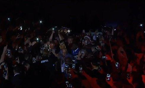 Трансляция боя украинца Василия Ломаченко и кубинца Гильерме Ригондо. Видео