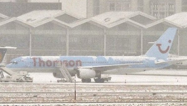 МИД предупредил оперебоях вработе европейских аэропортов из-за снегопада