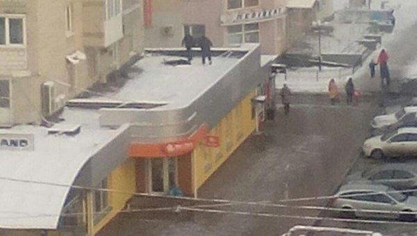 Тело женщины обнаружили на крыше магазина в Виннице