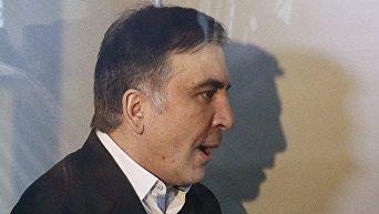 Саакашвили  в зале суда во время избрания меры пресечения