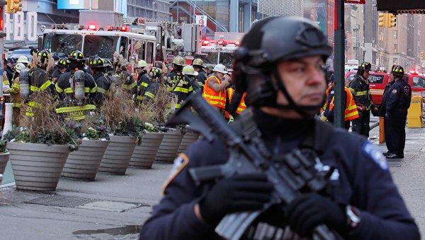 На месте теракта в Нью-Йорке, 11 декабря 2017