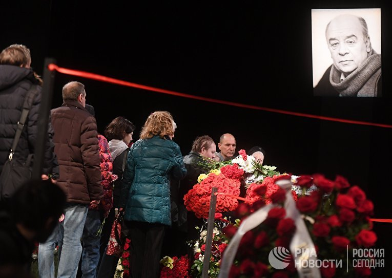 Прощание с народным артистом СССР Леонидом Броневым