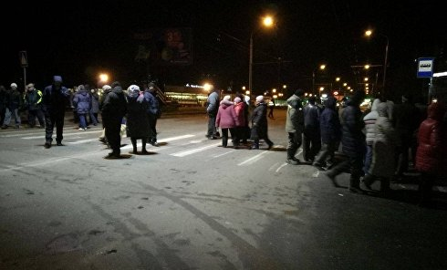 В Сумах жители нескольких домов перекрыли улицу из-за отключения газа
