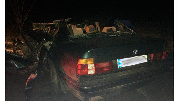 BMW протаранил школьный автобус в Житомирской области