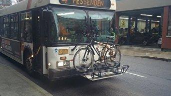 Крепление для велосипедов на автобусе