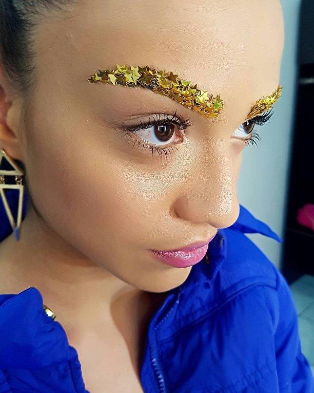Новый бьюти-тренд золотые брови