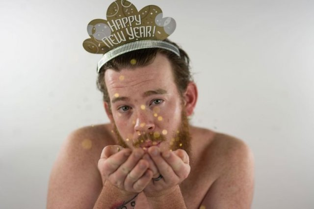 Фотограф Гайла Томпсон выпустила новый календарь на 2018 год с участием своего мужа Райана