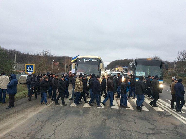 Украинские аграрии перекрыли дороги, протестуя против отмены «экспортного НДС»