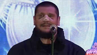Николаевский губернатор Савченко зажег главную елку с переломанным носом