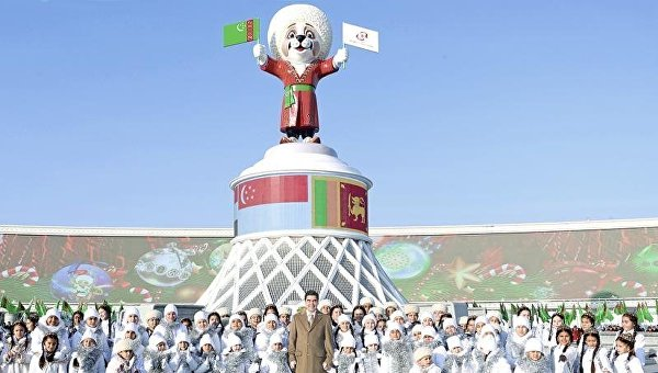 Статую алабя установили в Туркмении