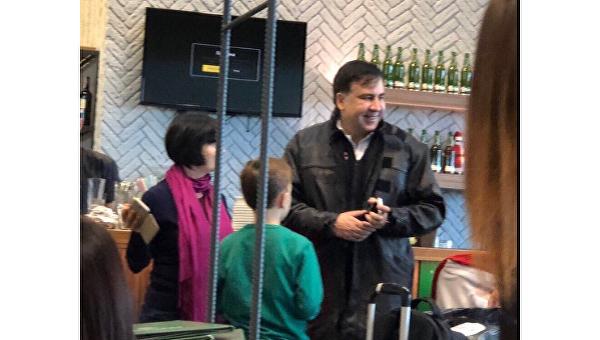 Саакашвили с супругой и детьми заметили в Борисполе