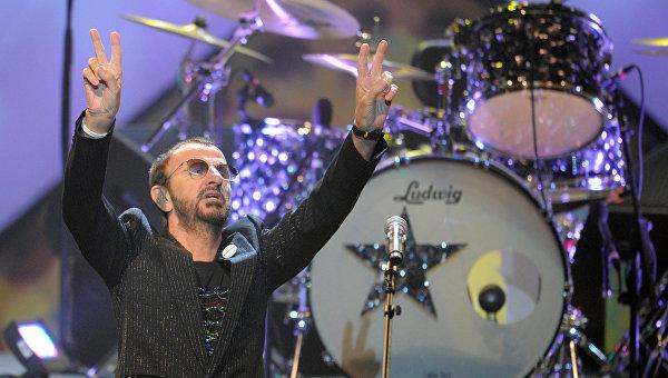 Экс-барабанщик The Beatles Ринго Старр. Архивное фото