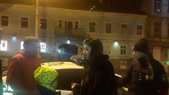 Сотрудница одесской мэрии везла в машине маленького ребенка в нетрезвом состоянии. Видео